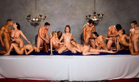 Toplu Swinger Seks Haremi Am Sofrası