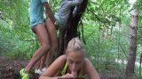 Ormanda Eş Değiştiren Rus Çiftlerin Amatör Swingeri