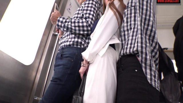 Kalabalık Çin Metrosunda Toplu Tecavüz Skandalı