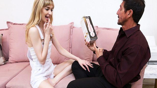 Kız Arkadaşının Babasının Yapay Vajina Hayalini Gerçekleştirdi