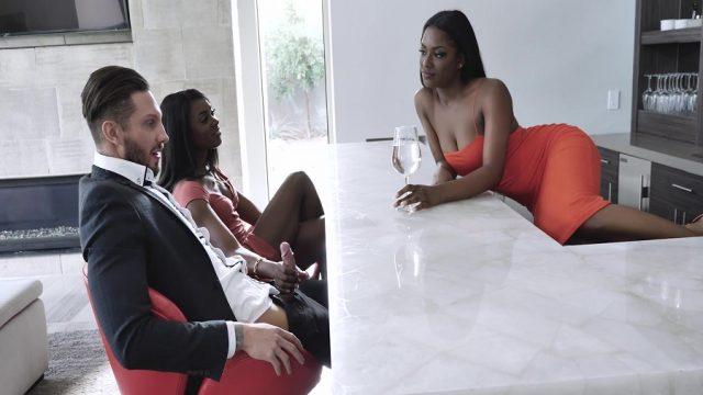 Milf Bitter Arkadaşının Beyaz Sevgilisine Kara Leke Bıraktı