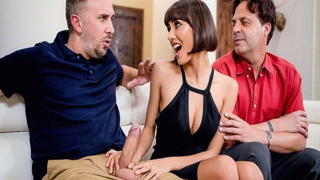 Genç Karısını Arkadaşına Siktiren Siki Kalkmayan Gavat