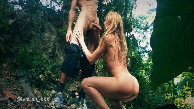 Ormanda Yılan Gibi Kıza Akrep Gibi Zehri Saldı