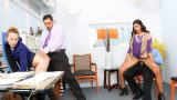 Hatalı Hesaplama Yapan Sekreter Karılarını Değiştirerek Cezalandırdılar