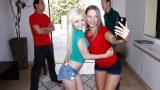Üvey Kızlarının Arkadaşlarını Değiştirerek Siken Olgun Herifler