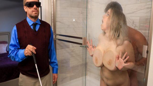 Âmâ Adamın Kızına Göz Dikip Banyoda Siken Kuryeci