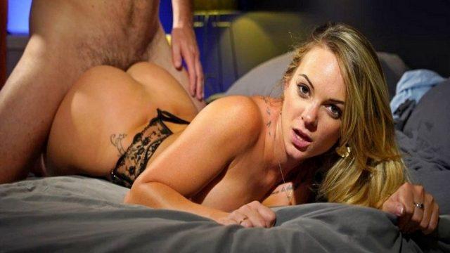 Sekreterle Akşamüstü Bağlamalı Seks Fantezisi Yapan Patron
