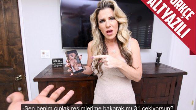 Üvey Annesinin Erotik Videolarını İzleyerek 31 Çekmeye Çalıştı